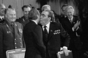 Джеймс Картер и Леонид Брежнев. ОСВ-2