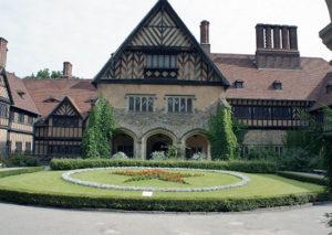 Дворец Цецилиенхоф – место проведения Потсдамской конференции